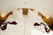 erstes Schlafzimmer in der Ferienwohnung Pfaffenstein
